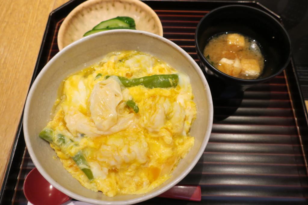 京都駅はしたて、鱧と湯葉の玉じめ丼
