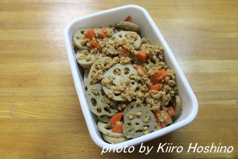 作り置き12.2、根菜と大豆たんぱくの赤味噌炒め