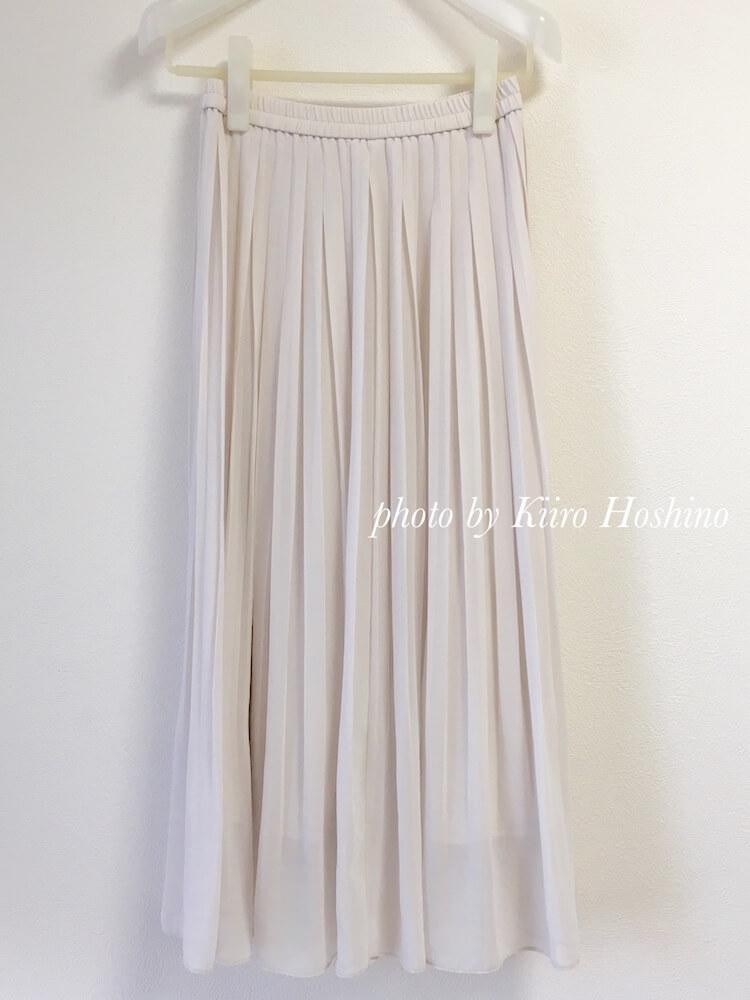 処分した夏服、プリーツスカート