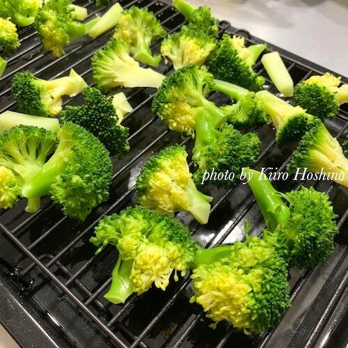 ヘルシオオーブン、蒸しブロッコリー