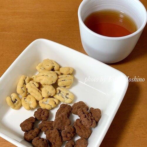 ペカンナッツチョコ、紅茶